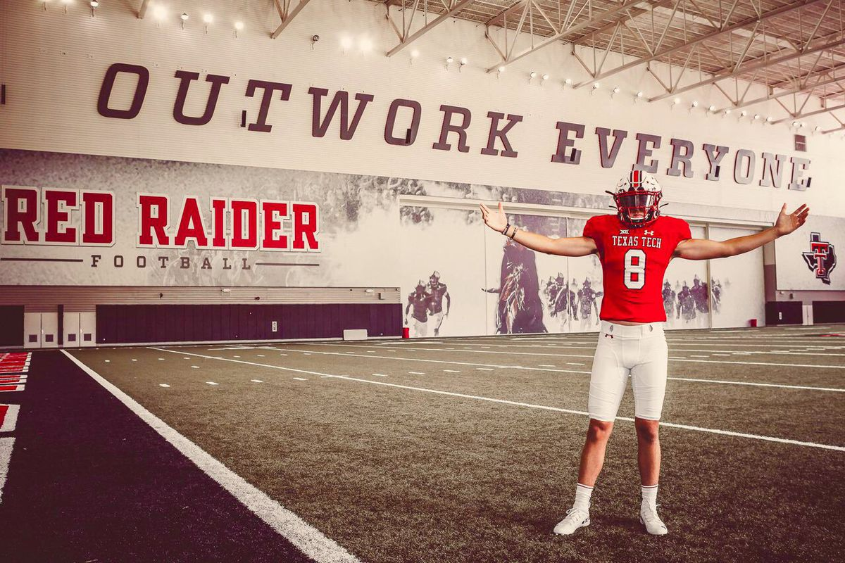 Texas Tech Online High School >> Top 10 Quarterback Behren Morton Commits To Texas Tech