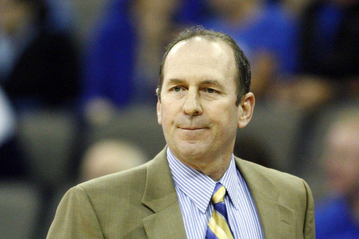 Longwood coach Mike Gilliam sorta looks like Jeff Bridges