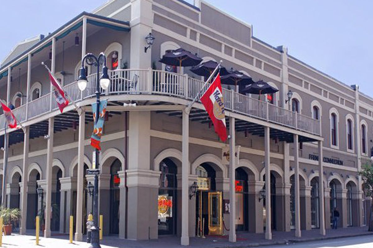 """The new home of H&amp;M French Quarter. Image <a href=""""http://www.wantickets.com/Venues/6229/HARD-ROCK-CAFE/"""">via</a>."""
