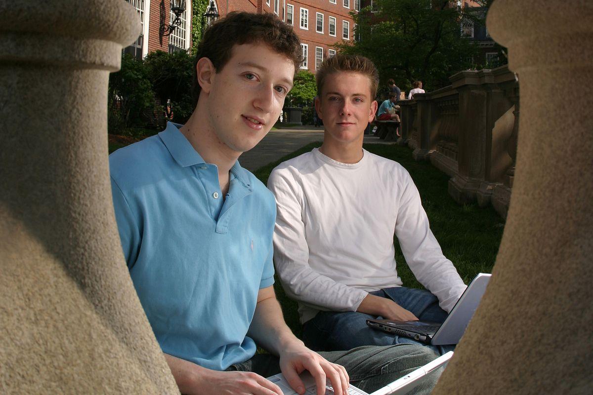 Mark Zuckerberg and Chris Hughes in 2004.