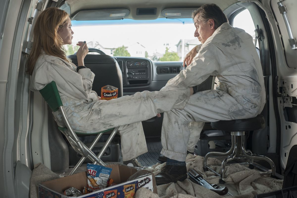 Jennifer Jason Leigh and Tim Roth in Twin Peaks: The Return
