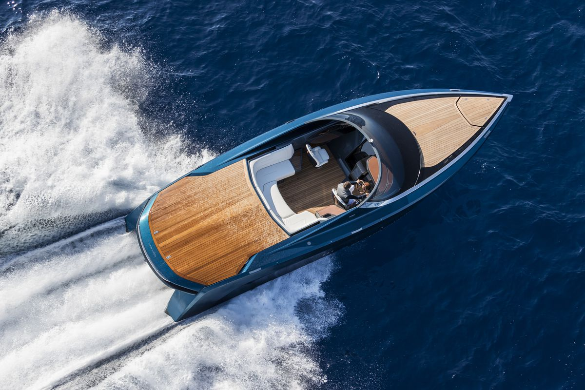 The prototype Aston Martin AM37 powerboat, taken from the air