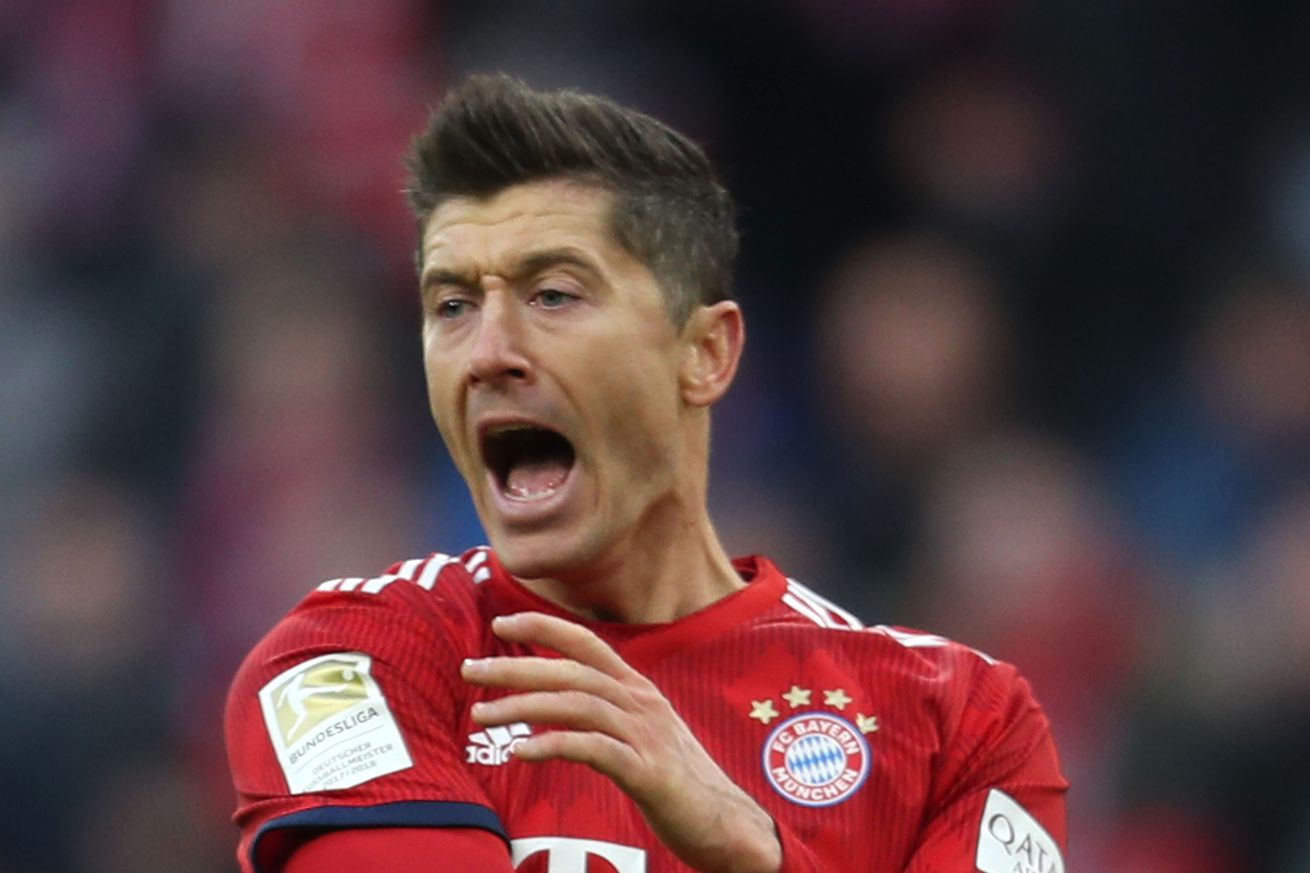Bayern Munich to open talks with Robert Lewandowski on contract extension