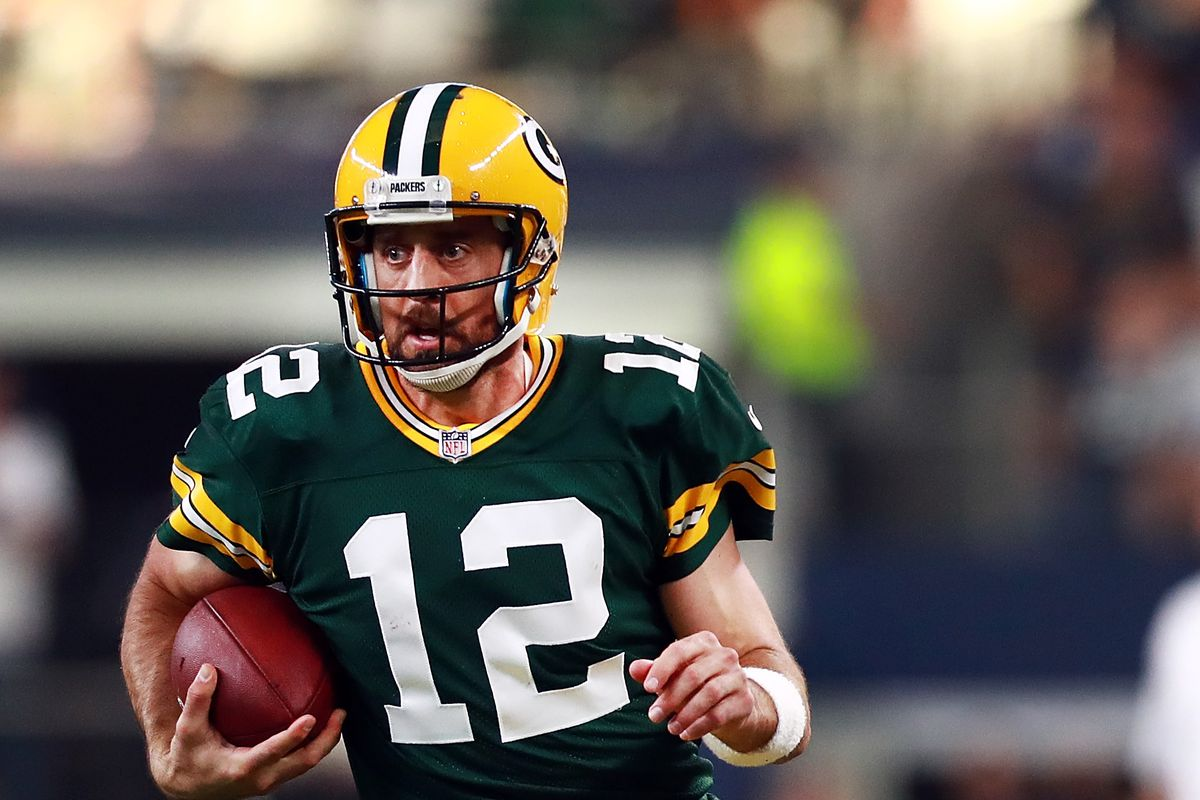 Aaron Rodgers is playing out of his mind after a slow start