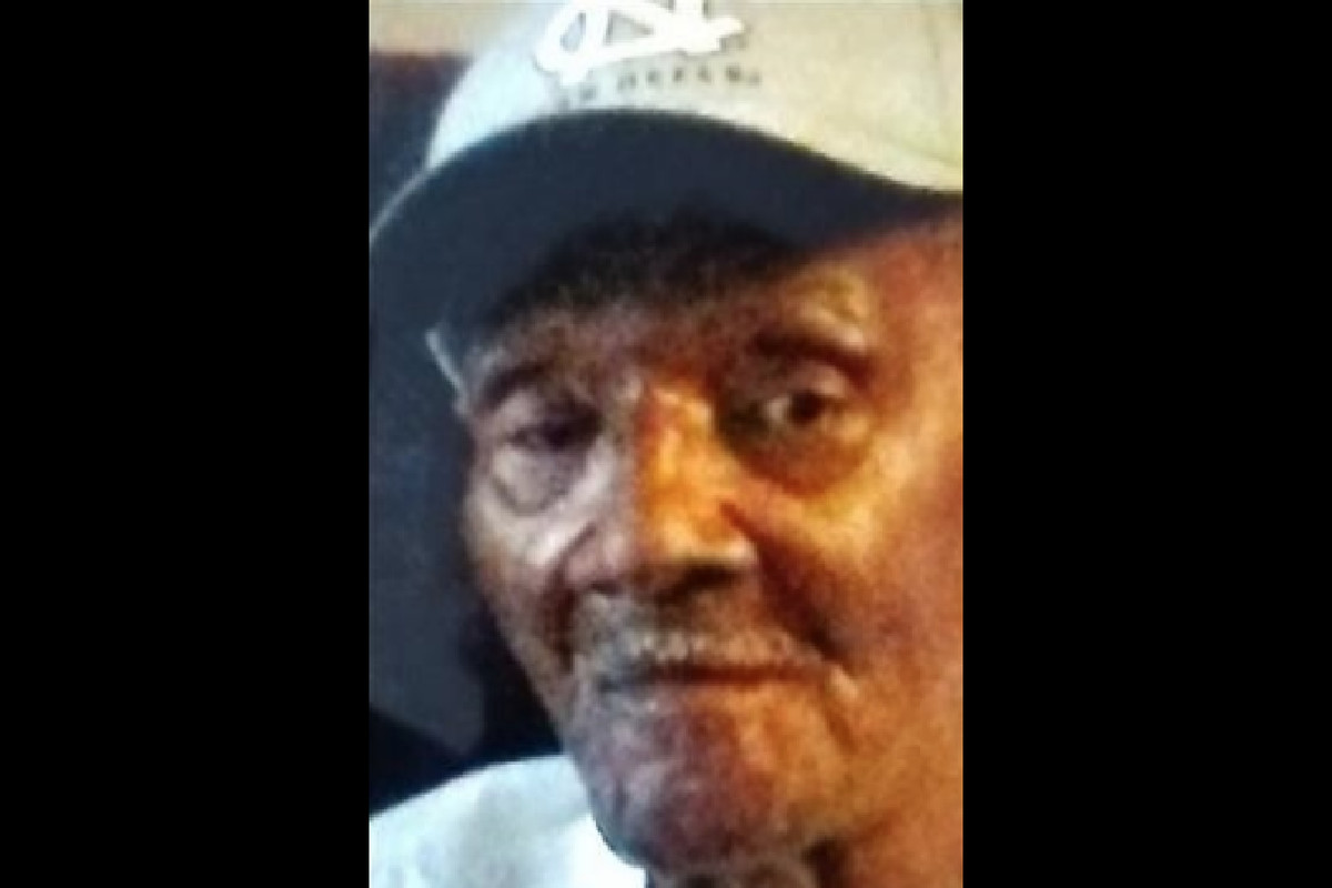 Charles Almond, 82, missing from East Garfield Park found