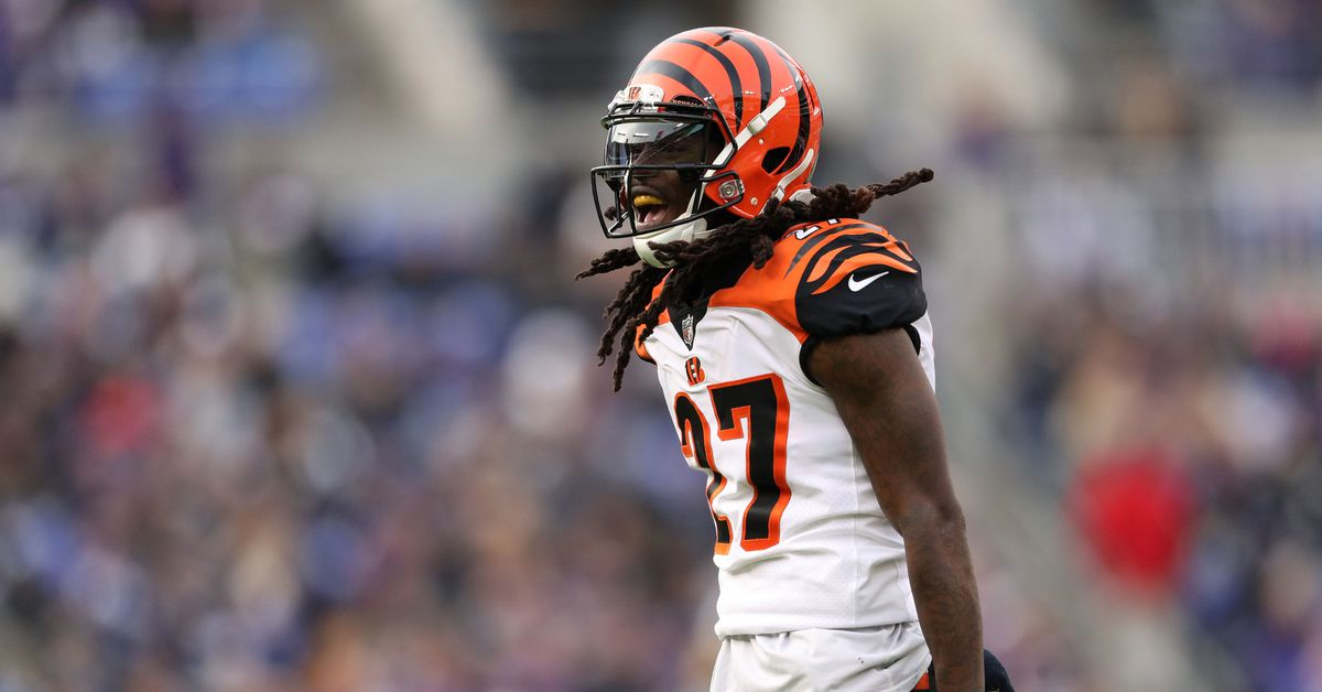 Final injury report: Vontaze Burfict and Dre Kirkpatrick out for Sunday