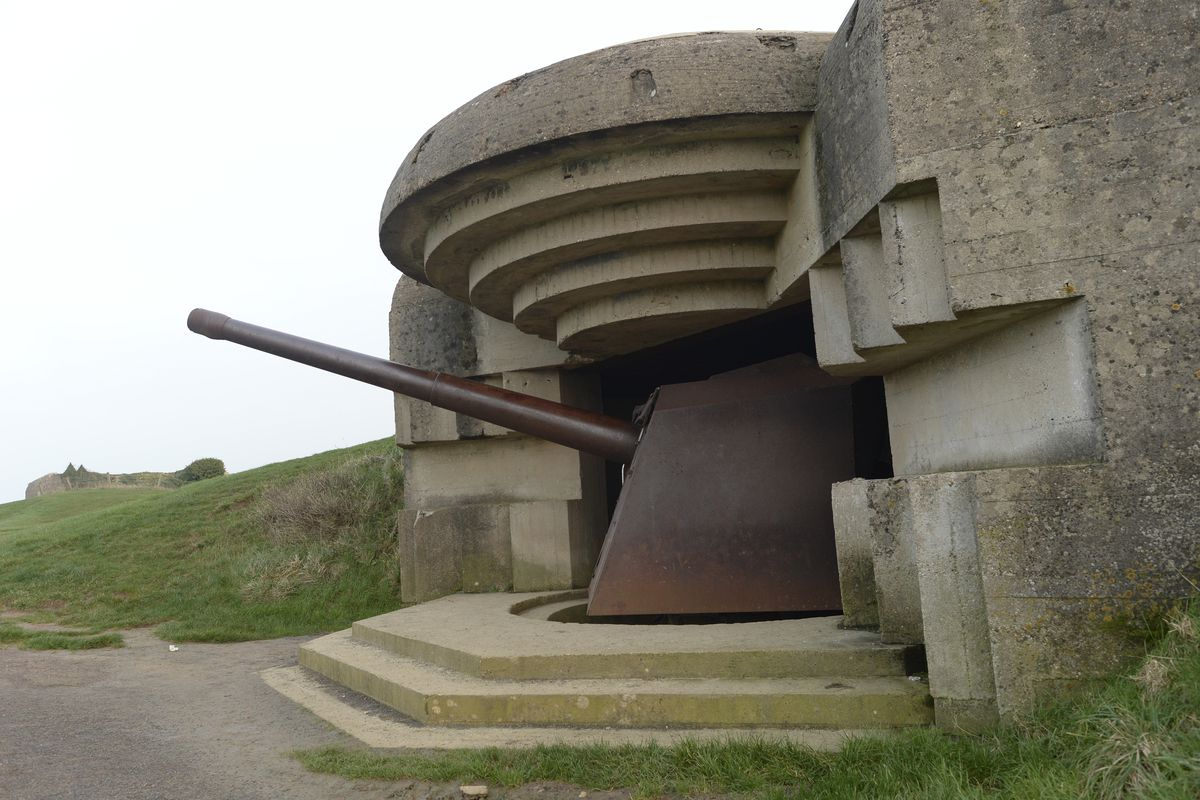 Longues-sur-Mer in Normandy