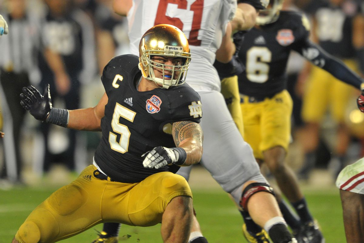 Could Manti T'eo be available to the Giants with the 19th overall pick?