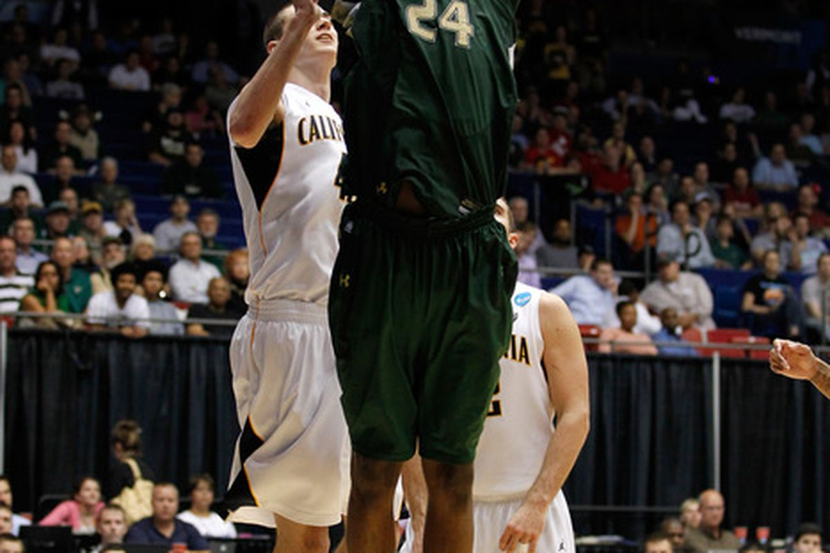 Cal conquerors Augustus Gilchrist and the rest of his USF Bulls teammates will try to stay hot tonight against Temple.