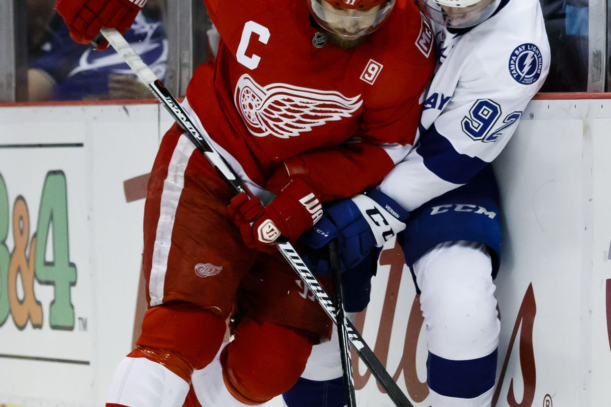 detroit red wings at tampa bay lightning projected lineups how to