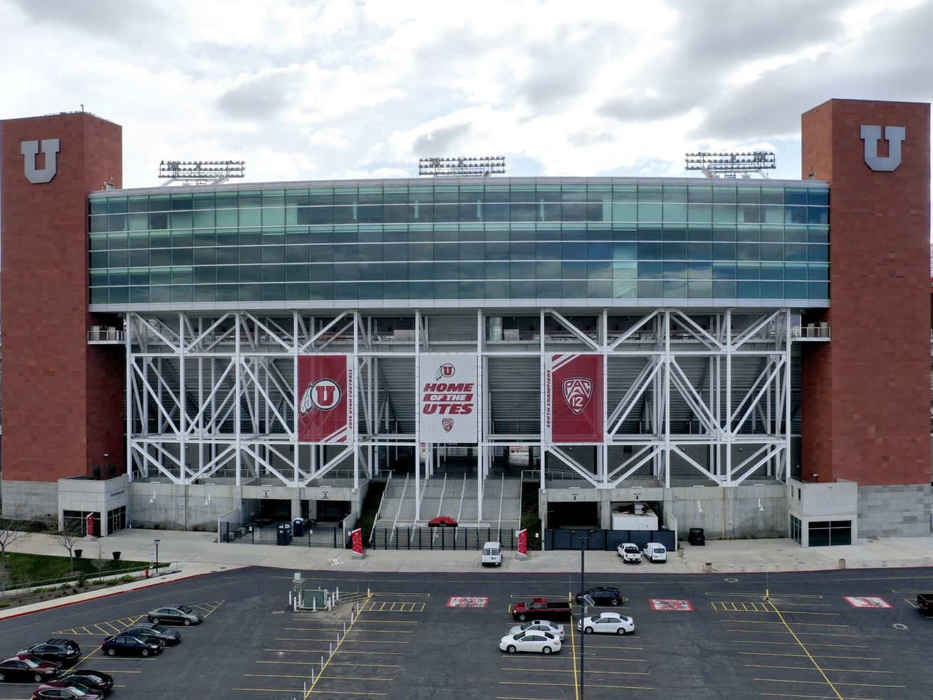 University of Utah outlines plans for 'phased-in approach' to reopen facilities for voluntary workouts starting next month