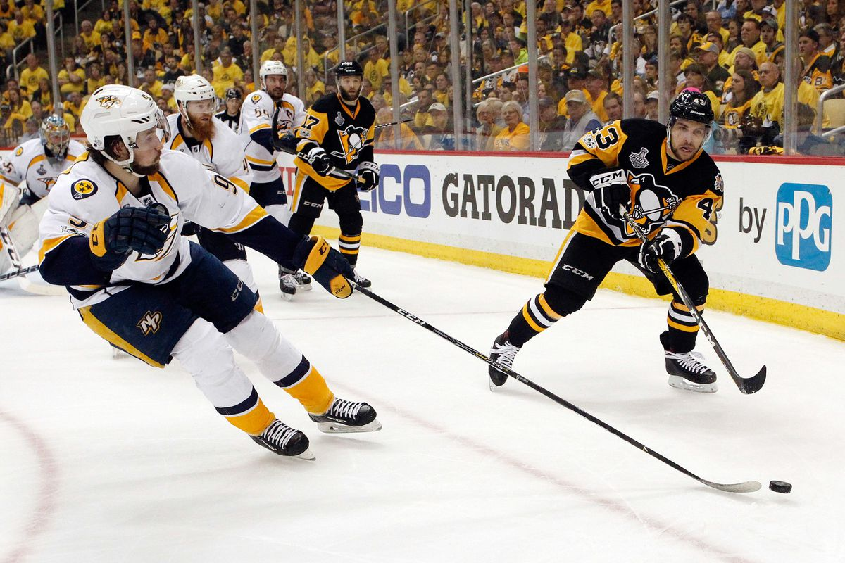 Pens' Nick Bonino on crutches, game-time decision for Game 3