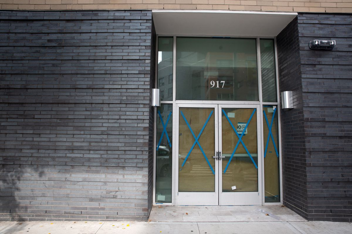 The shuttered space at 917 Westchester Ave where Pastor Felix Gross thought his church was going to be. Oct. 23, 2020.