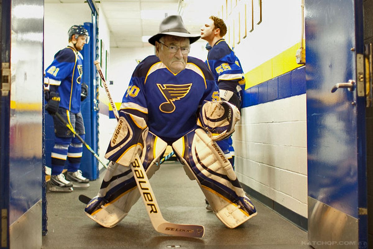 Thanks to Kyle at Katchop.com for finding us a picture of the Blues new goalkeeper Max Brodeur