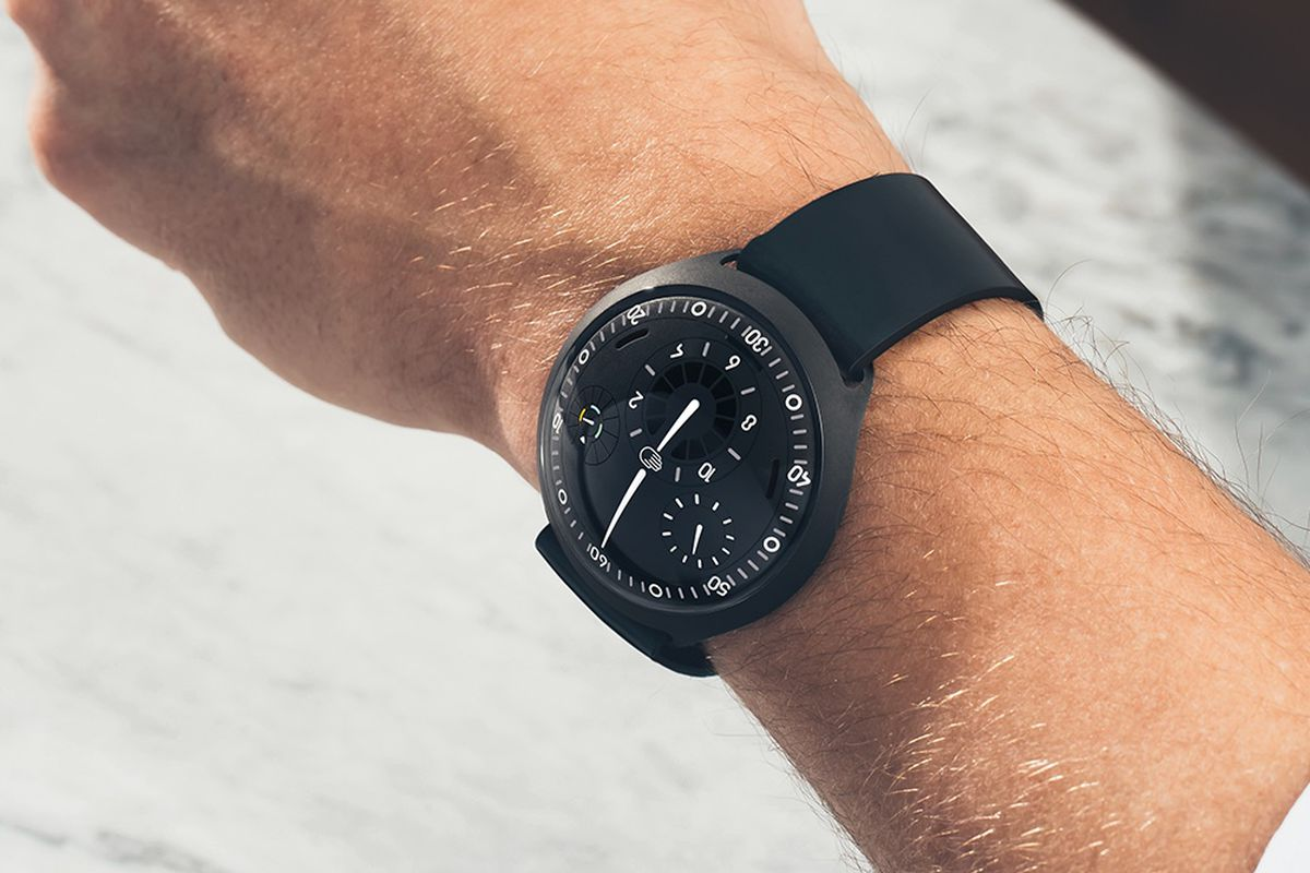 Ressence Type 3 >> Ressence S Type 2 Smartwatch To Get April Release And 48 000 Price