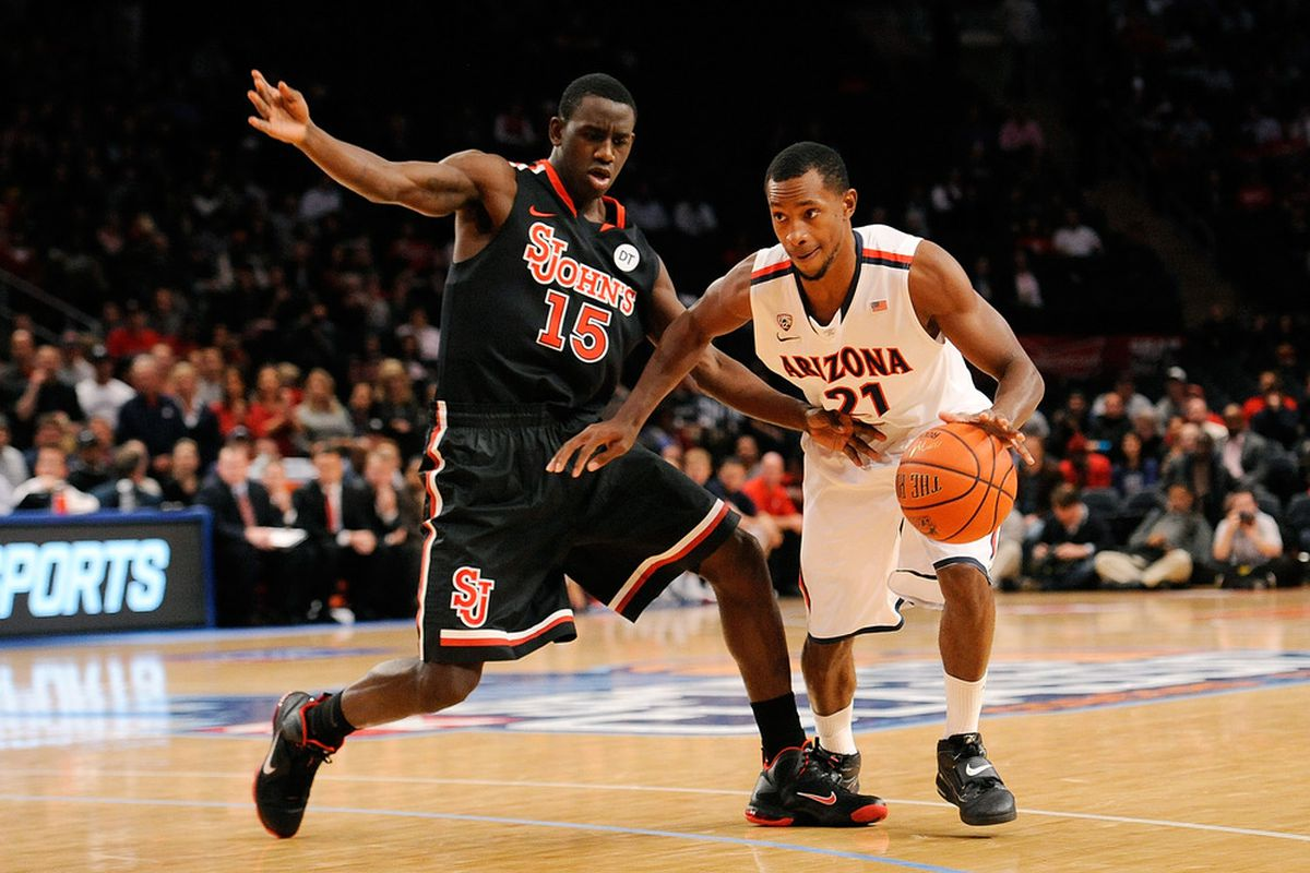 St. John's was befuddled late by the Arizona Wildcats in the 2K Sports Classic. They lost, 81-72.