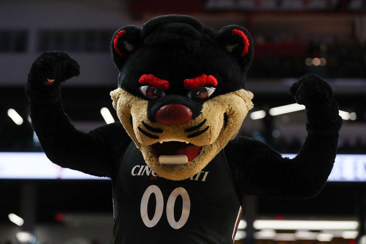 COLLEGE BASKETBALL: FEB 19 UCF at Cincinnati