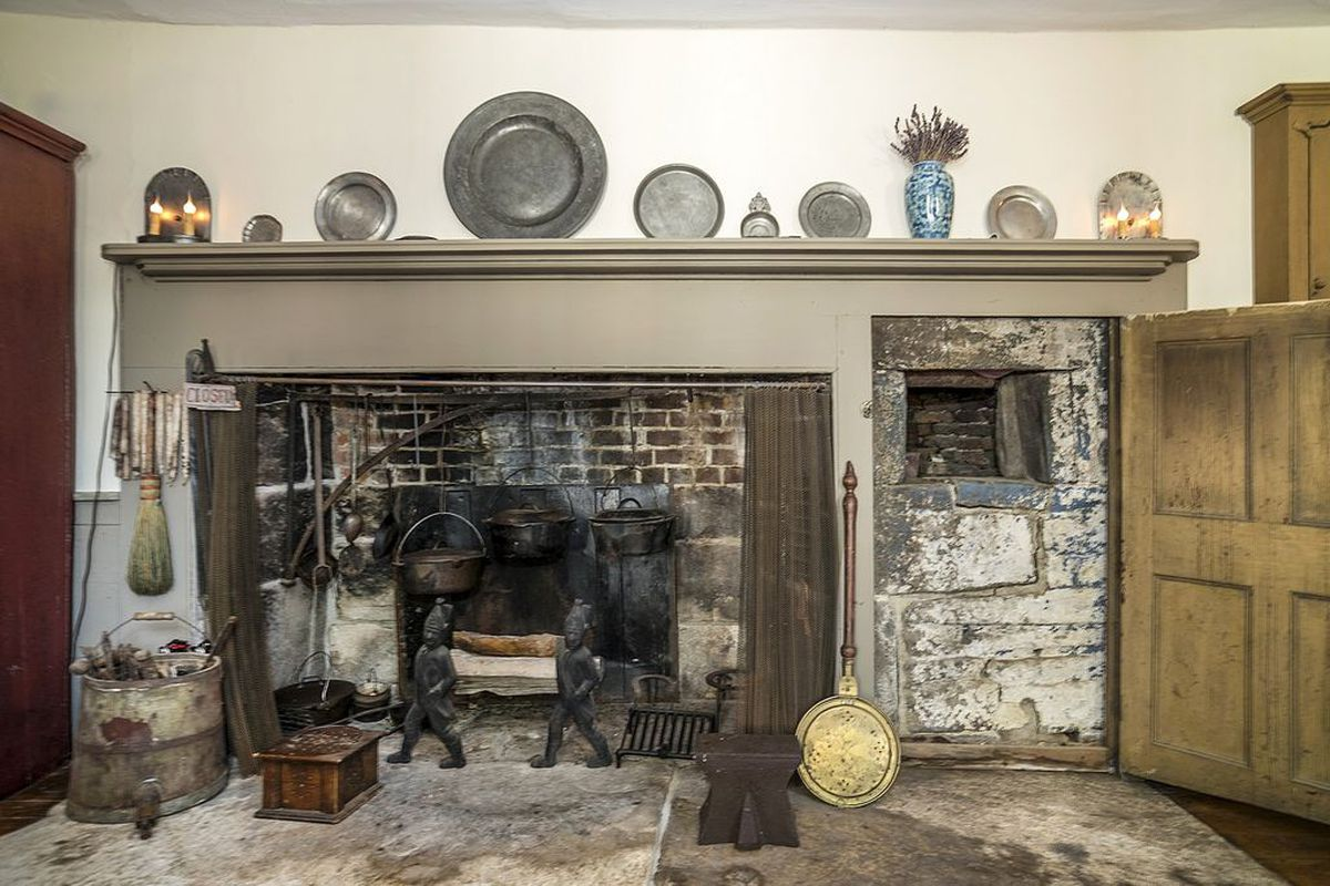 4 Colonial Homes With Cooking Fireplaces For Sale Right Now Curbed