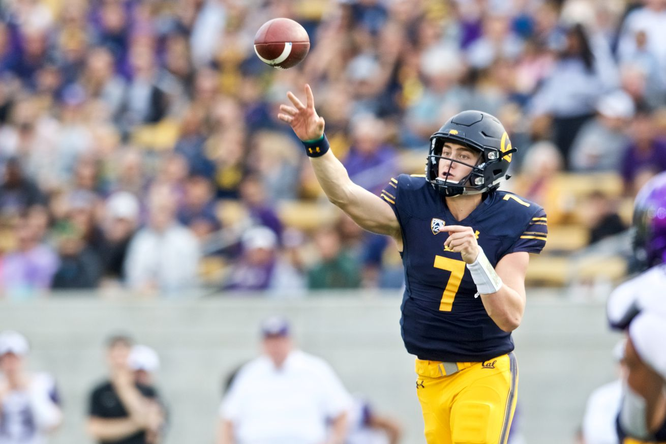 COLLEGE FOOTBALL: OCT 27 Washington at Cal