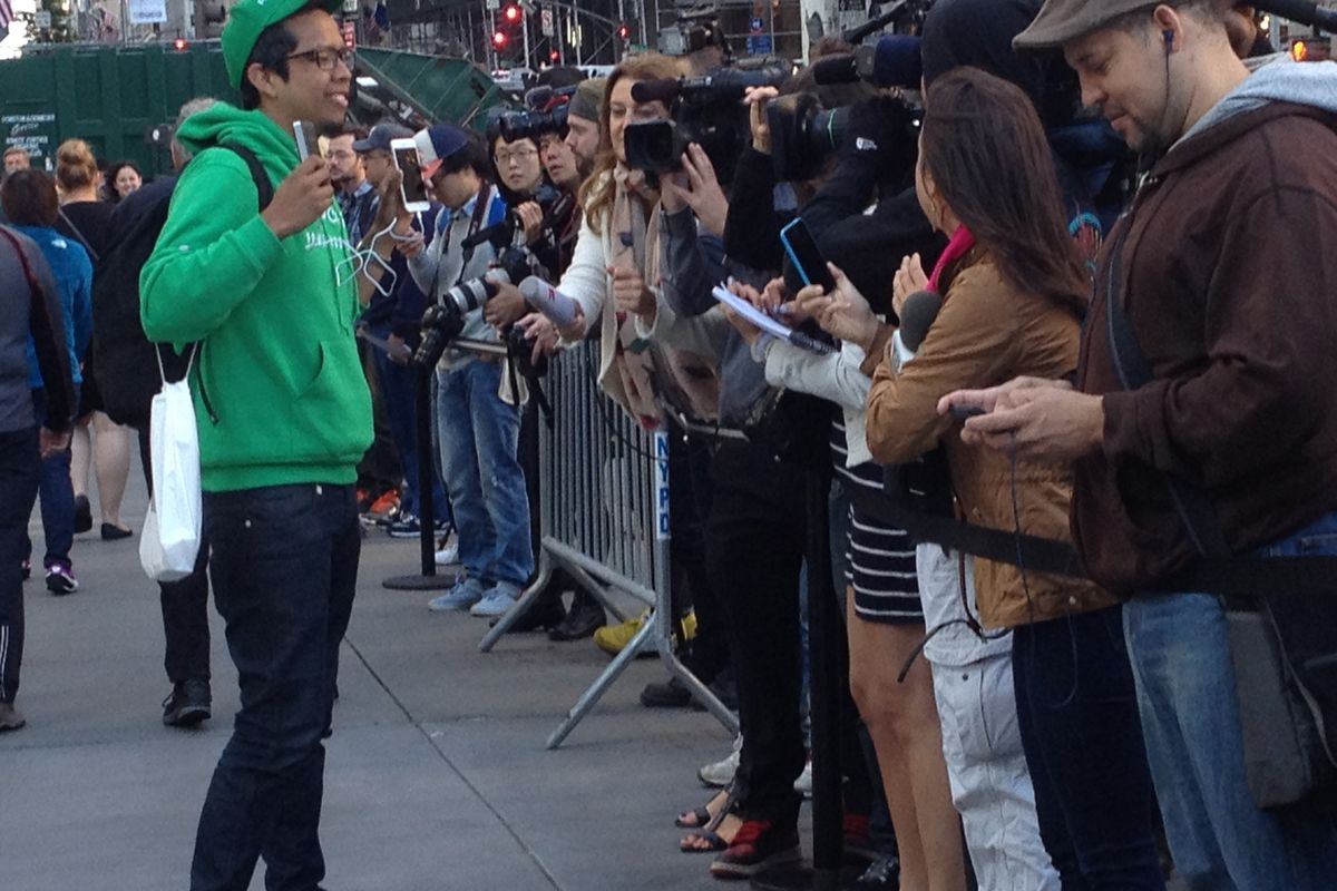 The second person to buy an iPhone 6 at the Apple Fifth Avenue store