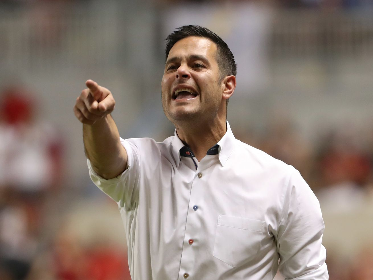 Former RSL coach Mike Petke files lawsuit against club, owner