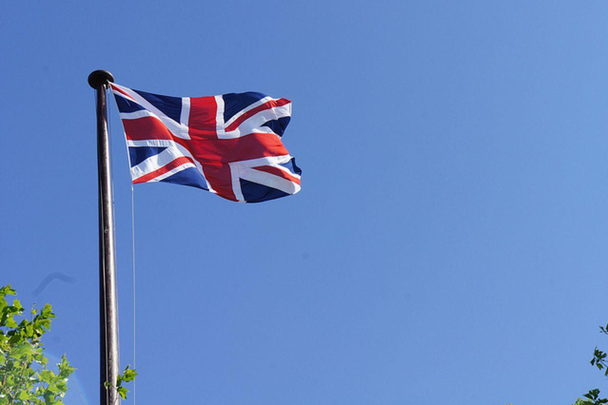 UK Flag (Flickr - ReeSaunders)