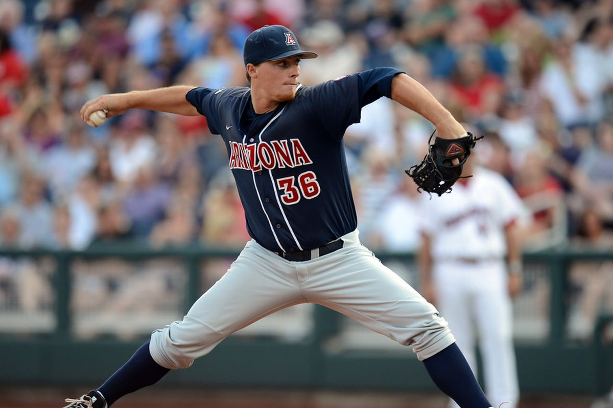 James Farris rebounded on Saturday after two consecutive short starts.  Farris gave up just one earned run in 7.1 innings en route to a 6-5 Arizona win
