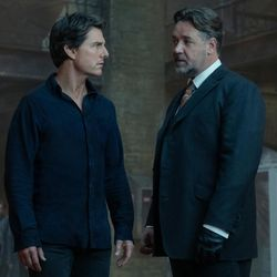 """Nick Morton (Tom Cruise) and Dr. Henry Jekyll (Russell Crowe) in """"The Mummy."""""""