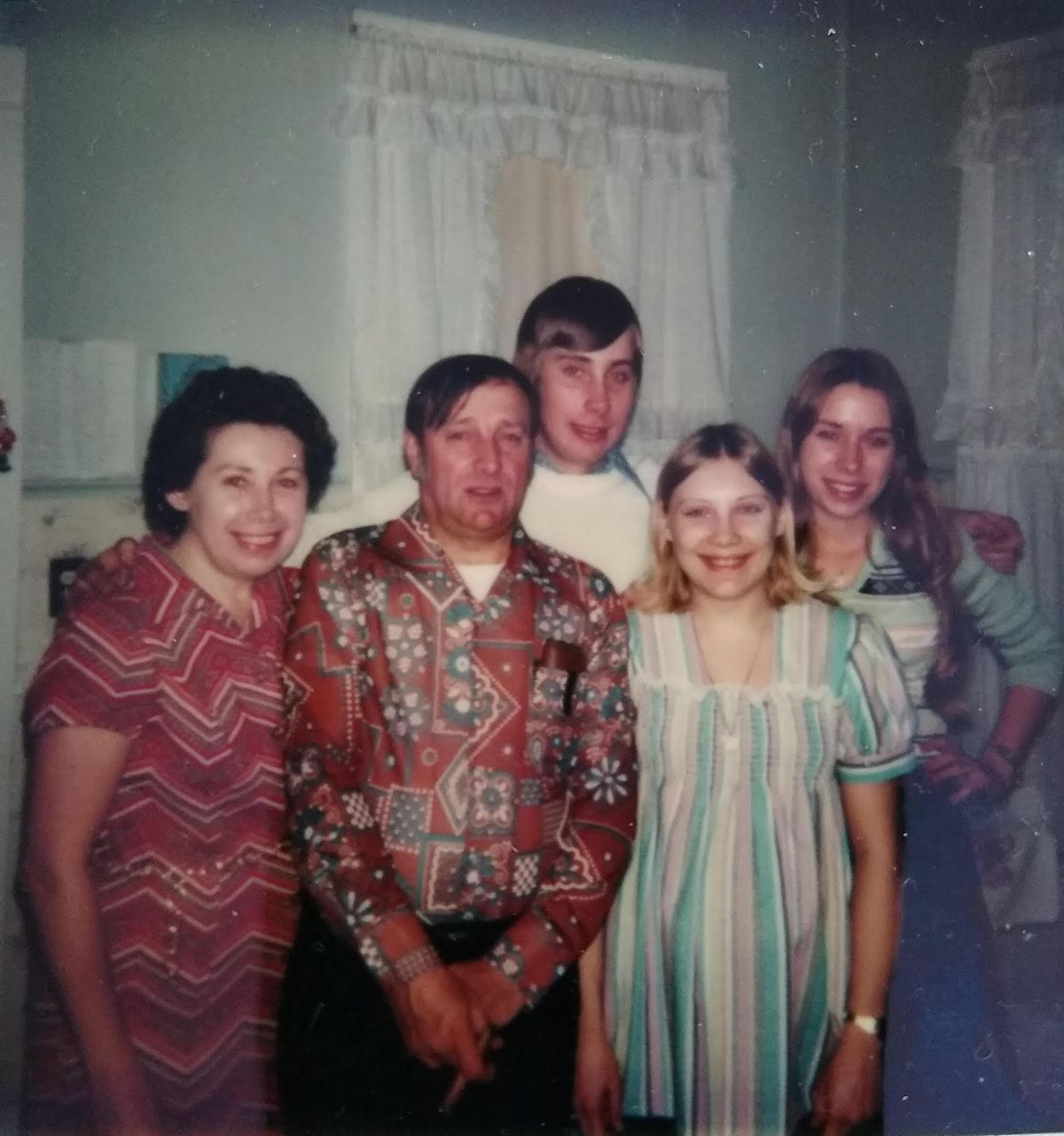 Casey and Gloria Bloom with their children Gary, Mary Alice and Nancy.