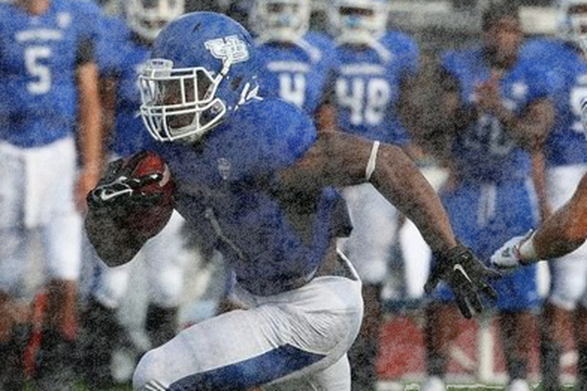 Anthone Taylor drives through the snow in virtual MACtion