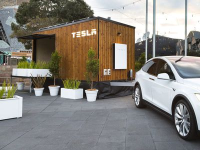 Tesla Tiny House hits the road in Australia