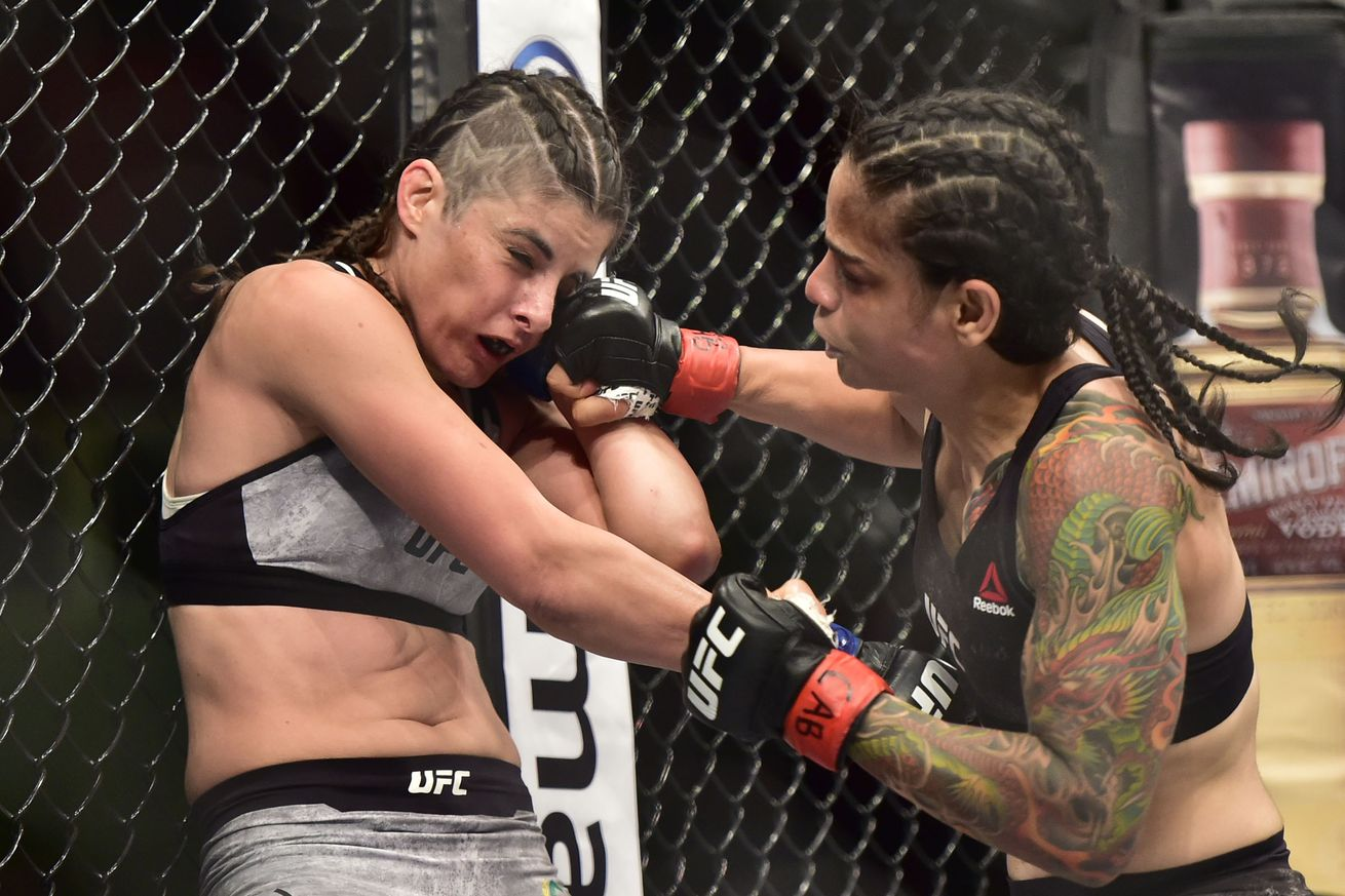 Livia Souza finished Alex Chambers in her Octagon debut in Sao Paulo, Brazil.