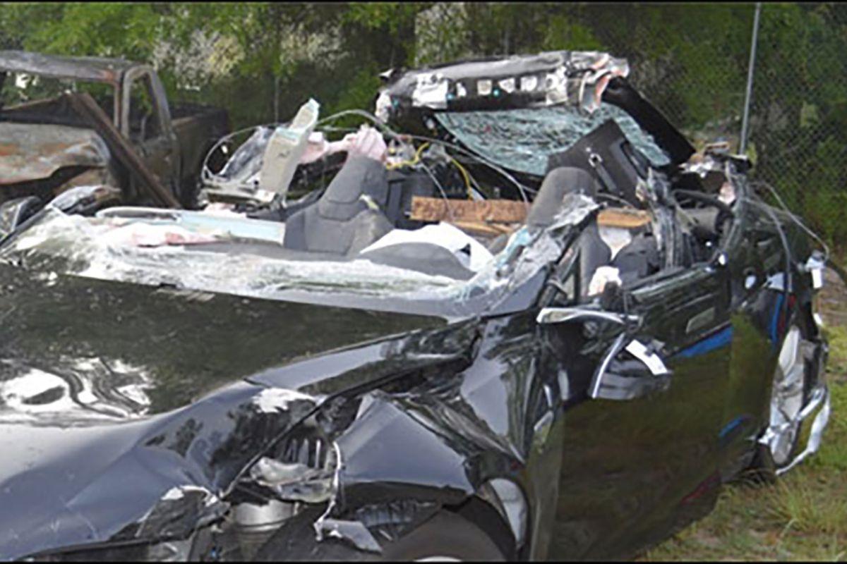 Investigators say driver in fatal Tesla Autopilot crash was speeding ...