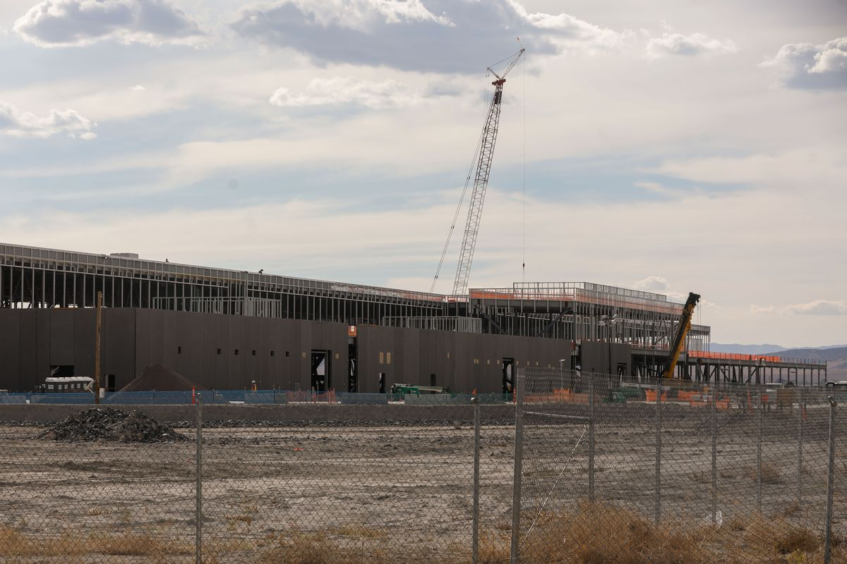 A Facebook data center under construction in Eagle Mountain is pictured on Monday, Oct. 4, 2021. Google on Monday announced it has acquired land for a potential data center across the street from the Facebook facility.