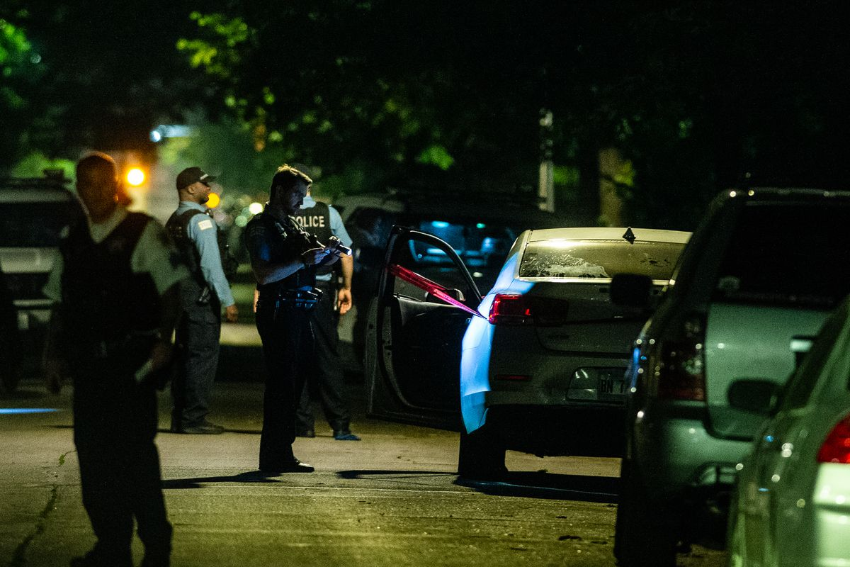 3 women, 1 man wounded in Englewood shooting