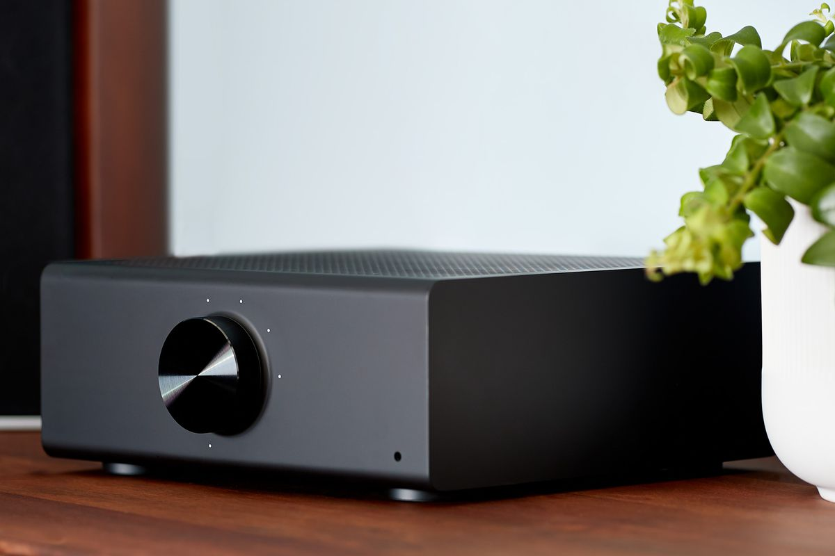 Audio Stream and amplify hi-fi music to your speakers Echo Link Amp Amazon Device Accessories