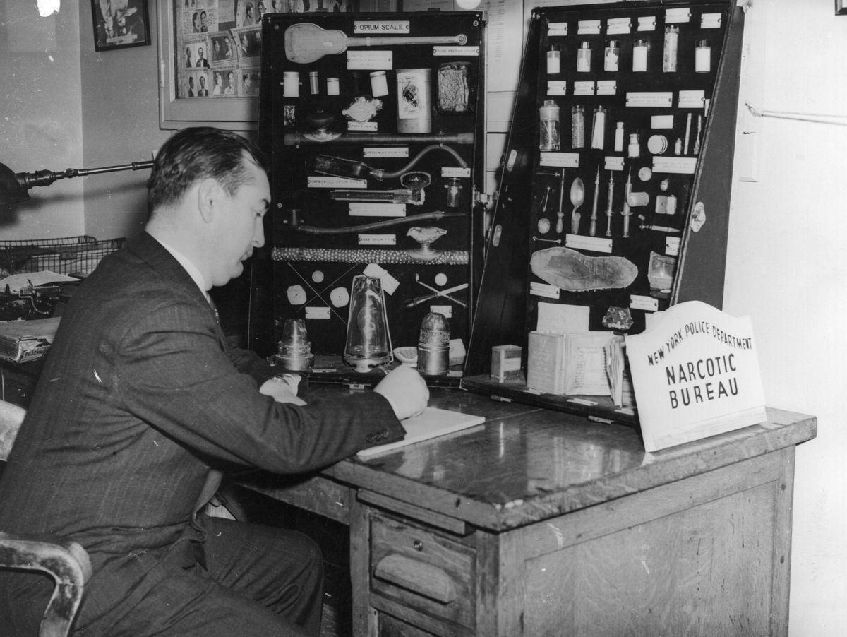 bureau of narcotics detective