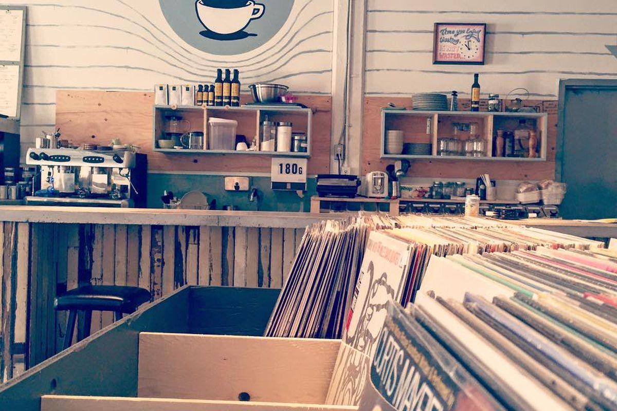 Allongés and LPs