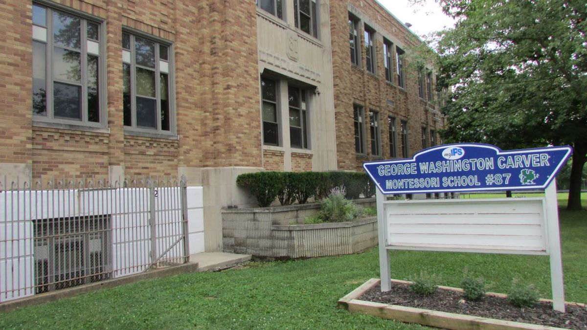 School 87 is a a Montessori magnet school serving the West side of Indianapolis.