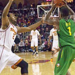 USC tried to pressure Oregon.