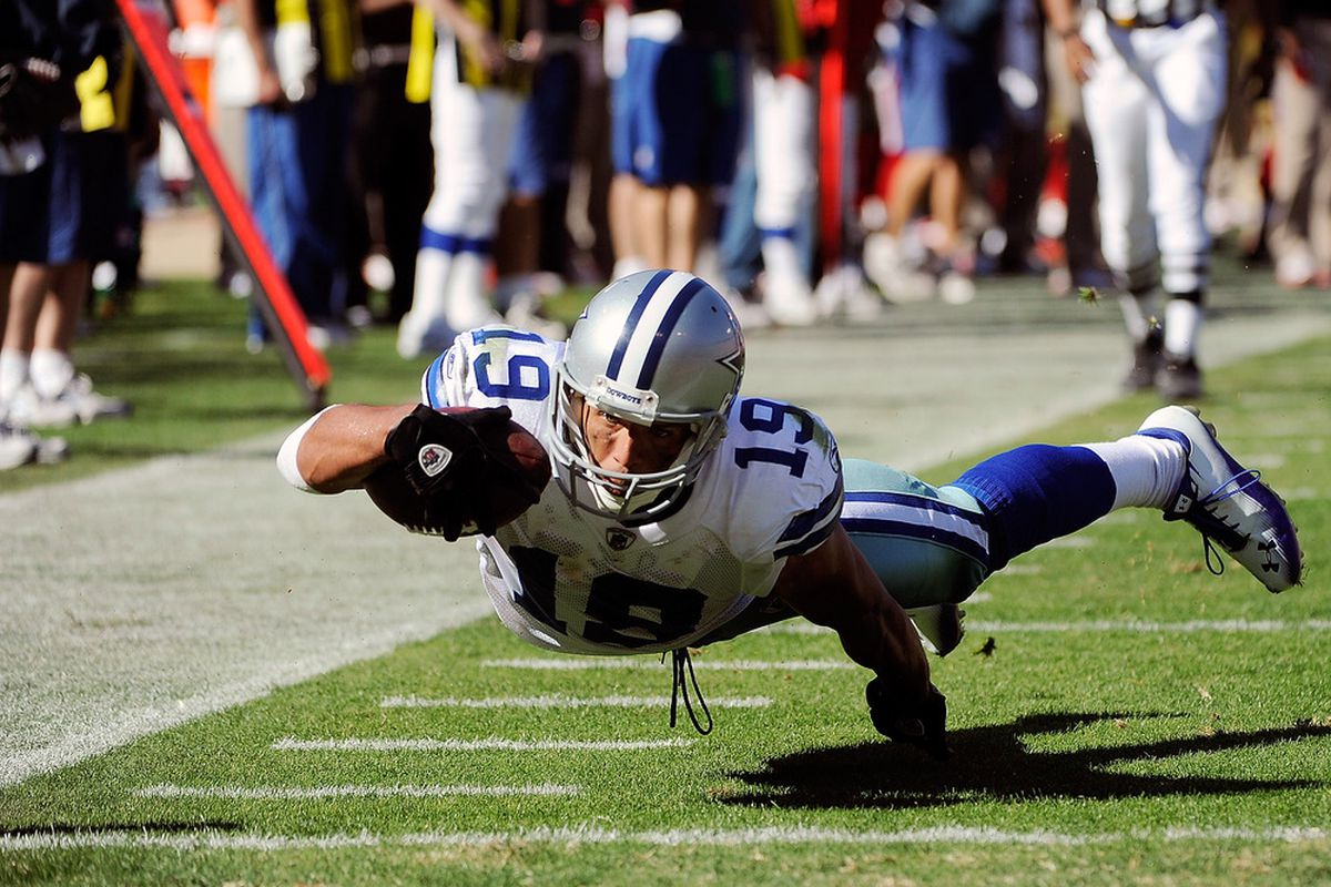"""With all of the other offseason news, wide receiver Miles Austin is kind of """"flying"""" under the radar. Will the Cowboys' UDFA wide receiver have rebound and have a strong season in 2012?"""