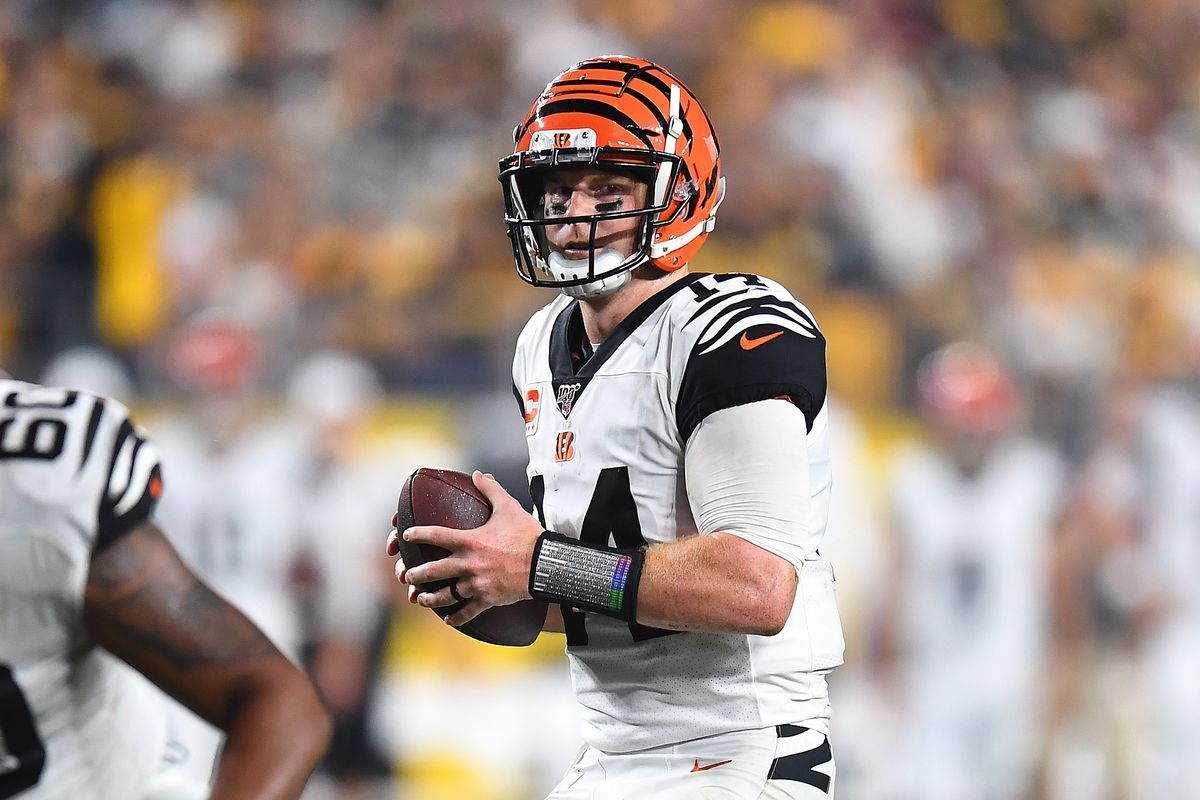 Andy Dalton of the Cincinnati Bengals in action during the game against the Pittsburgh Steelers at Heinz Field on September 30, 2019 in Pittsburgh, Pennsylvania.