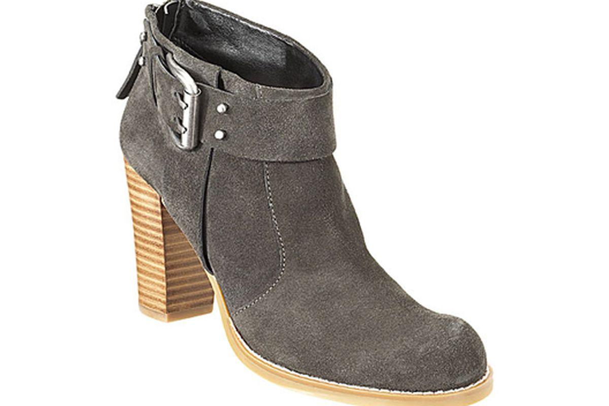 "Boots (now on sale, btw) via <a href=""http://www.ninewest.com/Kitra/5660198,default,pd.html?cgid=101001&amp;itemNum=18&amp;variantSizeClass=&amp;variantColor=CHARCSU"">Nine West</a>"