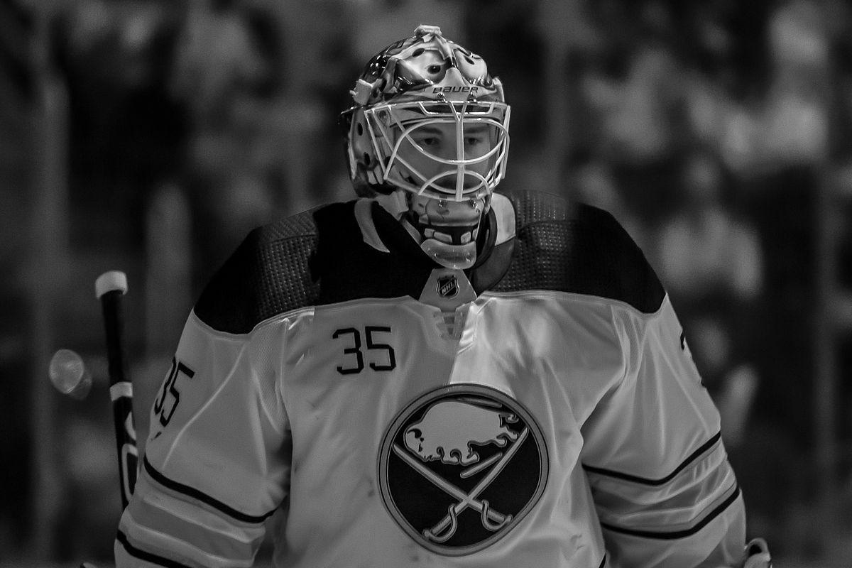 Buffalo Sabres v Detroit Red Wings