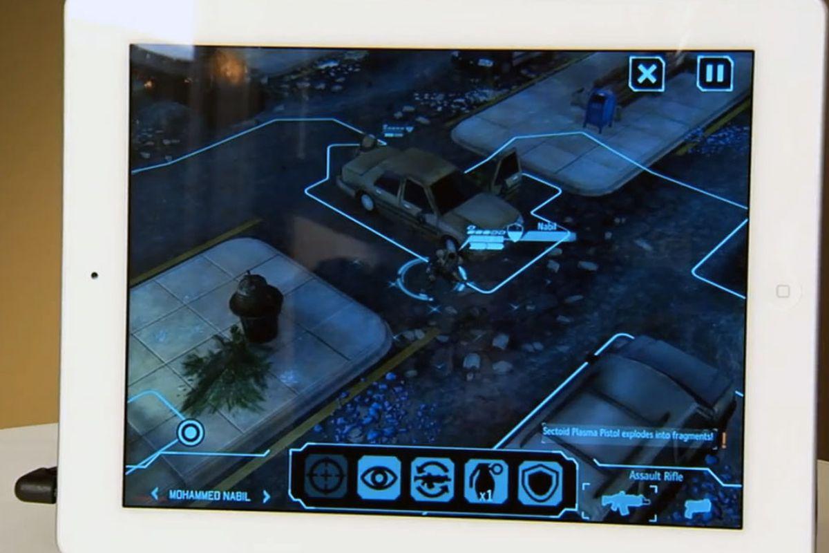 XCOM iOS screen