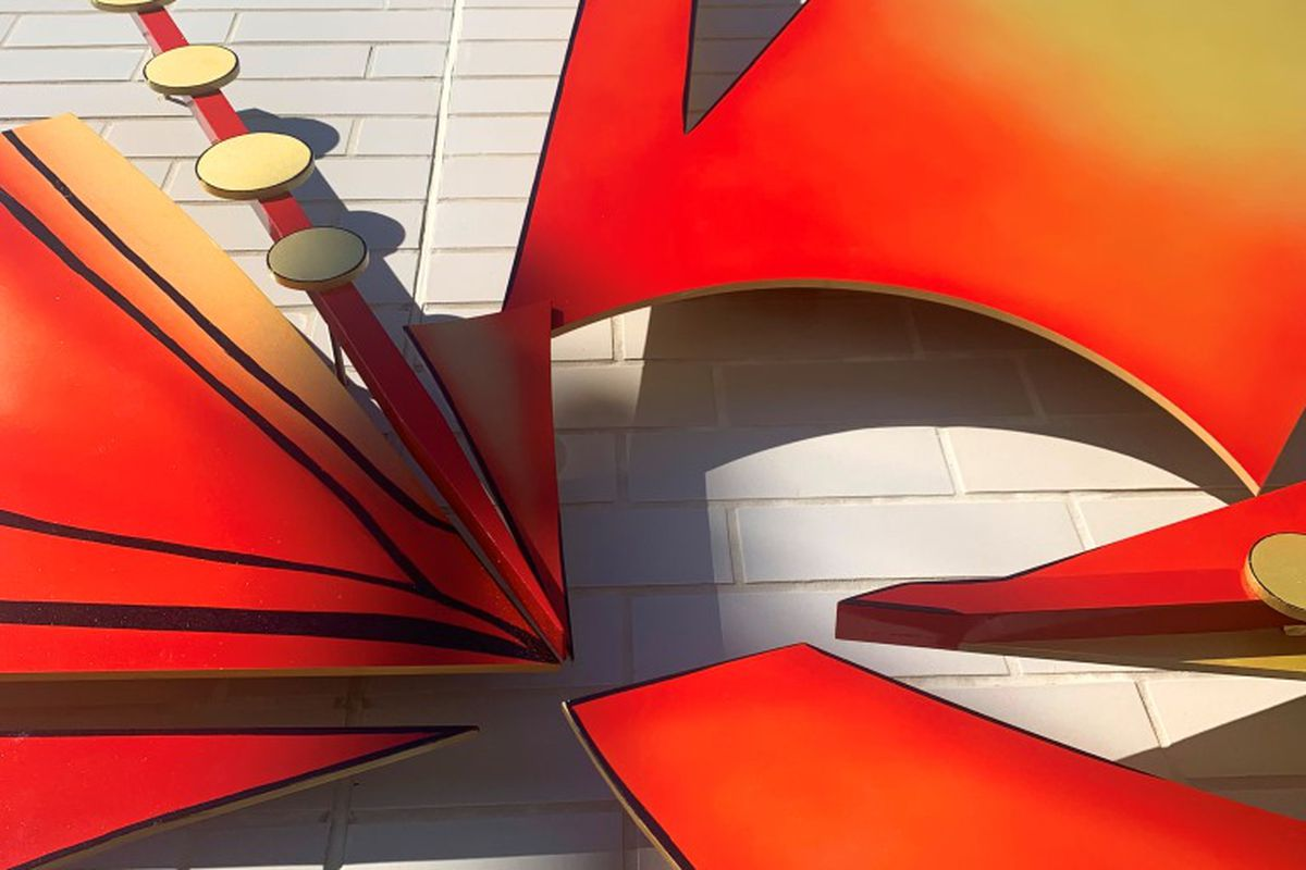 The painted aluminum sculpture has been mounted at Chicago Avenue and Austin Boulevard turnaround.