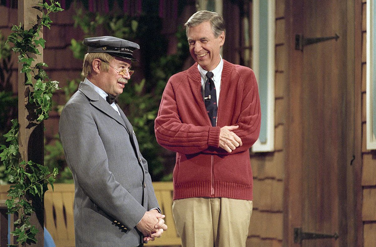 David Newell and Fred Rogers in Won't You Be My Neighbor
