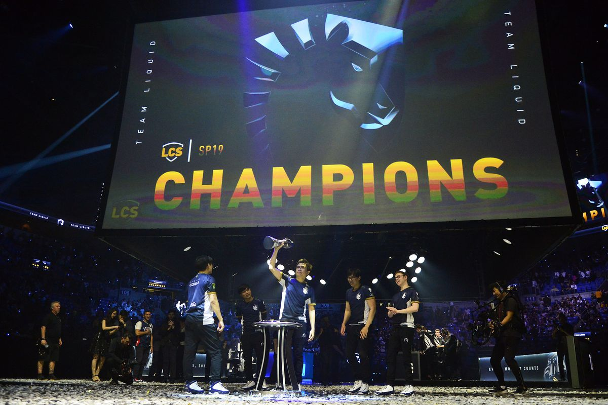 Team Liquid celebrates after defeating TSM in the fifth game to win the League of Legends Championship Series Spring Finals at Chaifetz Arena.