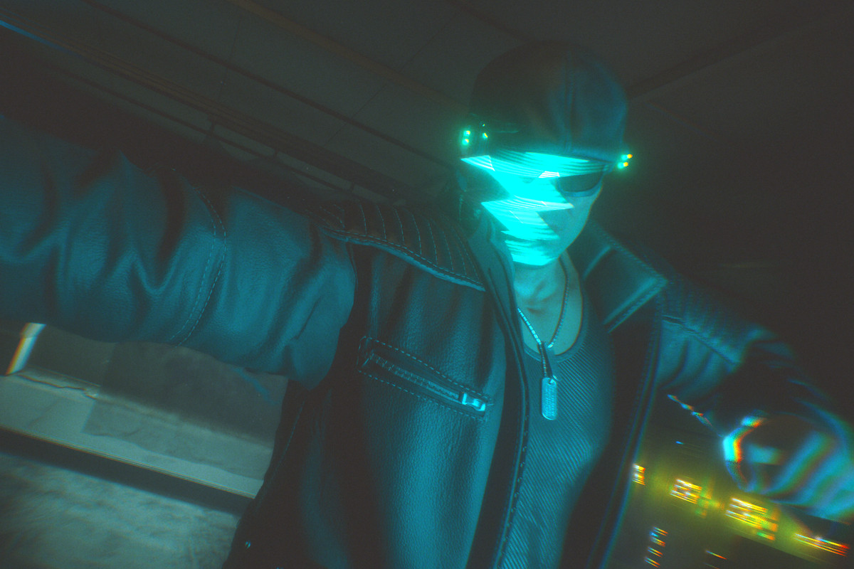 A masked figure in the Cyberpunk 2077 braindance during the Disasterpiece Main Job