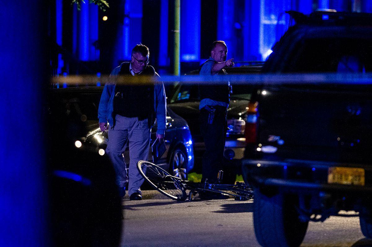 A teen boy was shot in West Garfield Park.